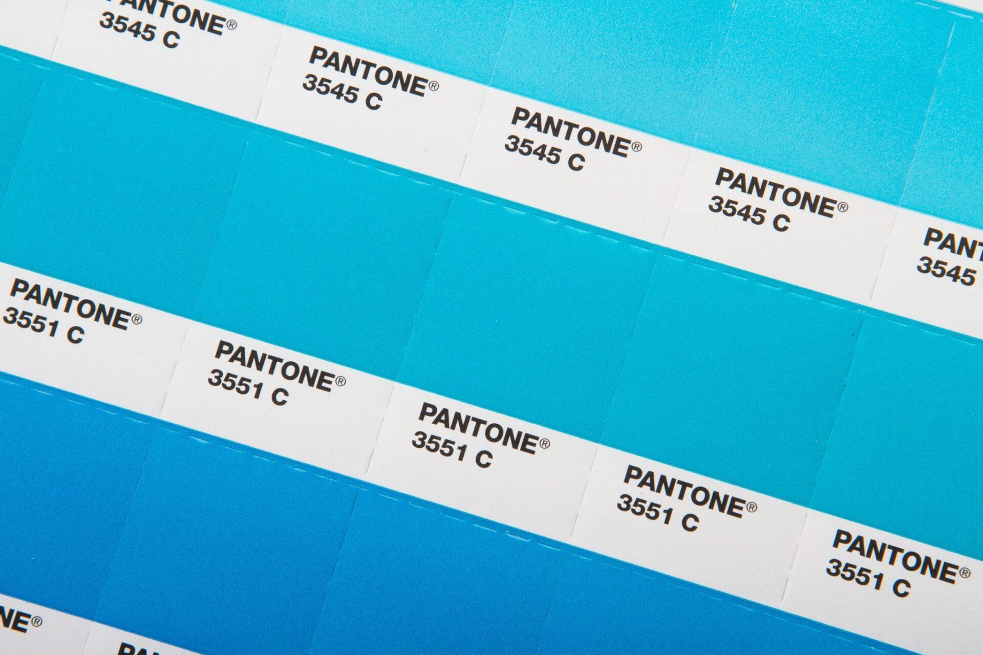 pantone plus series 112 neue farben. Black Bedroom Furniture Sets. Home Design Ideas